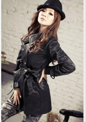 Eleganter Trenchcoat / Damenmantel mit Taillengürtel in Schwarz - günstig bei VIP Dress