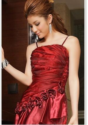 Langes Abendkleid mit Deko-Blumen in Rot - günstig bestellen bei VIP Dress