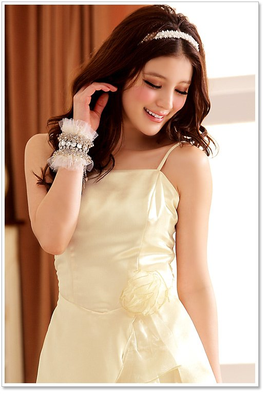 wenden asian personals Personals asian - if you are serious about looking for that special thing called love, then our site is for you register and start looking for your love of life.